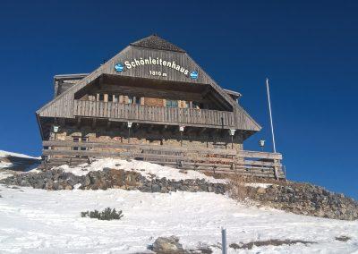 Das Schönleitenhaus im Winter